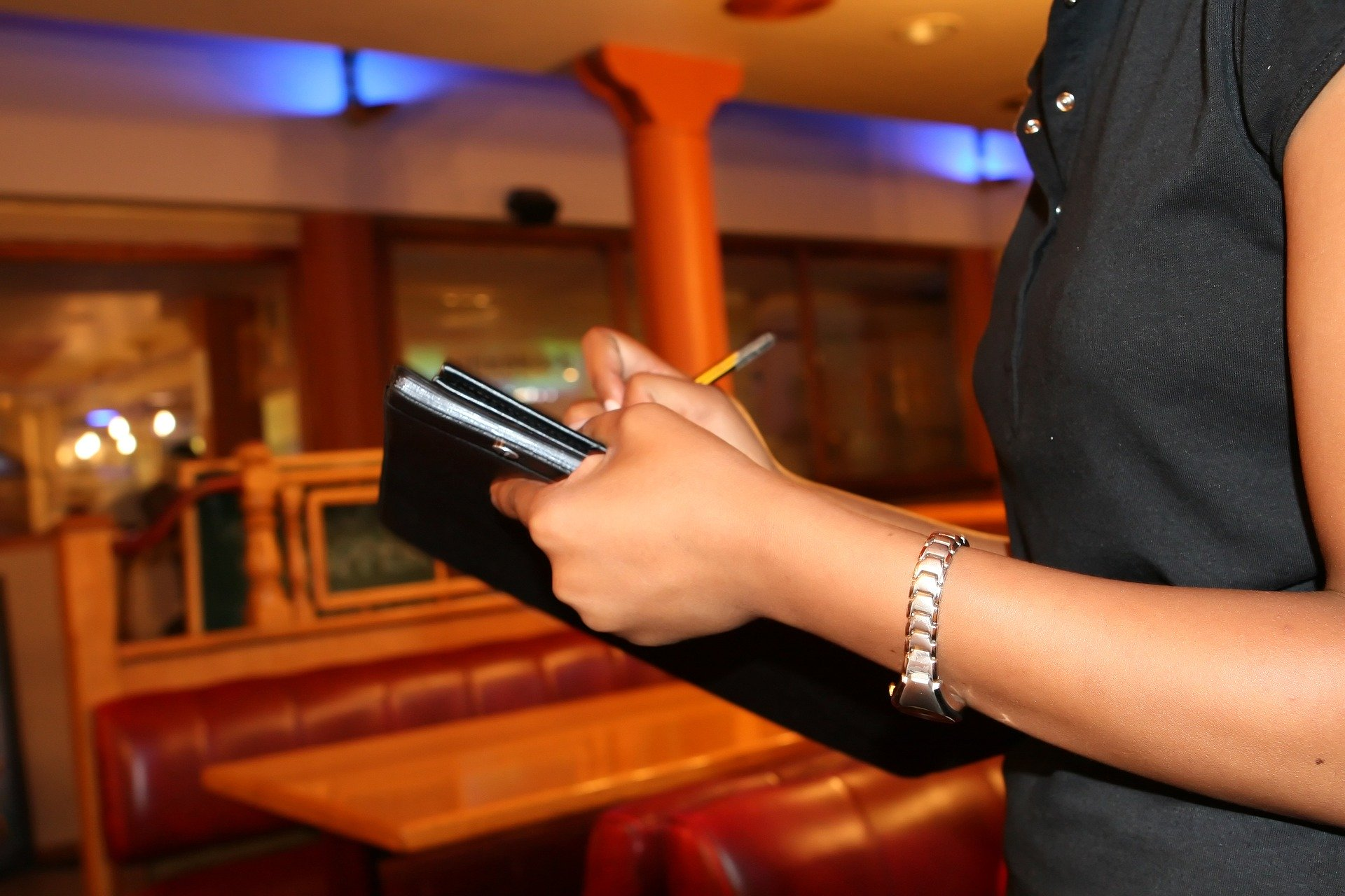 Never Skip a Service Gratuity Tip – I've Worked Those Jobs